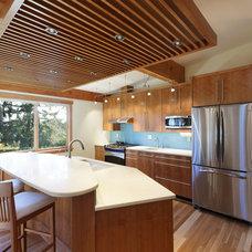 Contemporary Kitchen by Corvallis Custom Kitchens & Baths