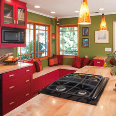 contemporary kitchen by Corvallis Custom Kitchens & Baths