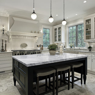 Example Of A Clic Eat In Kitchen Design Raleigh Save Photo Cosmos Quartz Expressions