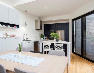Cosy Contemporary Kitchen in Richmond
