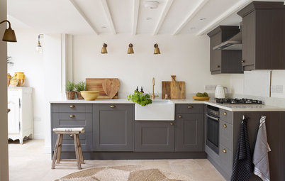 Houzz Tour: A Tiny Cottage Gets a Stylish, Vintage Makeover