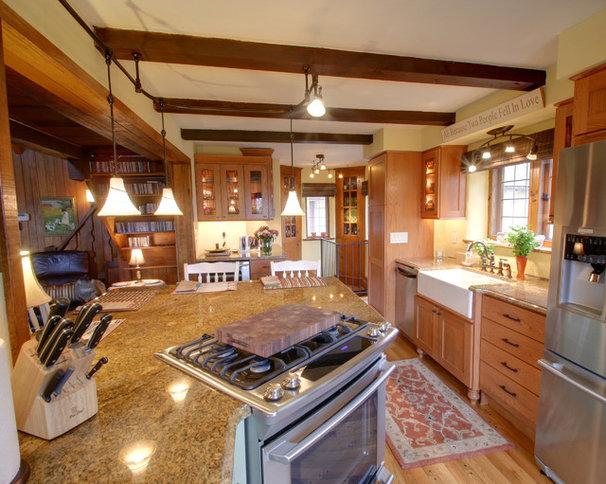 Rustic Kitchen by RTA Studio