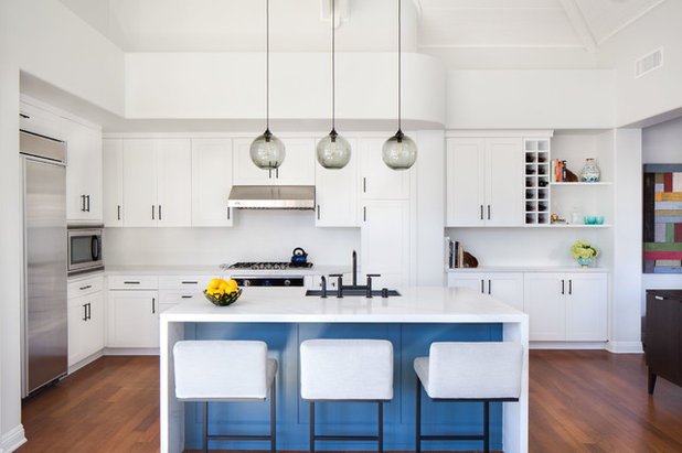 Contemporary Kitchen by Chelsea Lauren Interiors