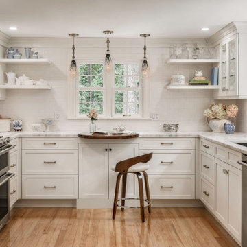 Cottage Glamour in Kittery