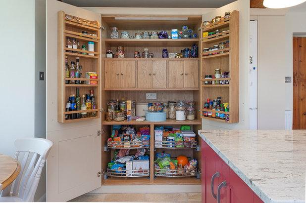 Classico Cucina by J M Interiors