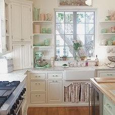 Traditional Kitchen Cottage kitchen