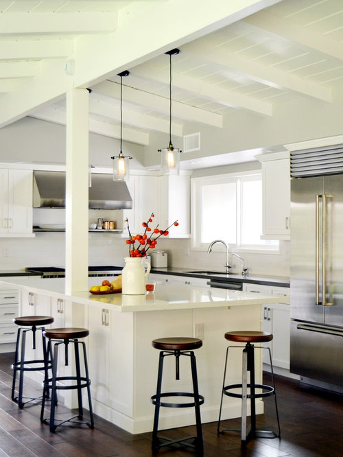 Island support post beam houzz for Kitchen cabinets 90808