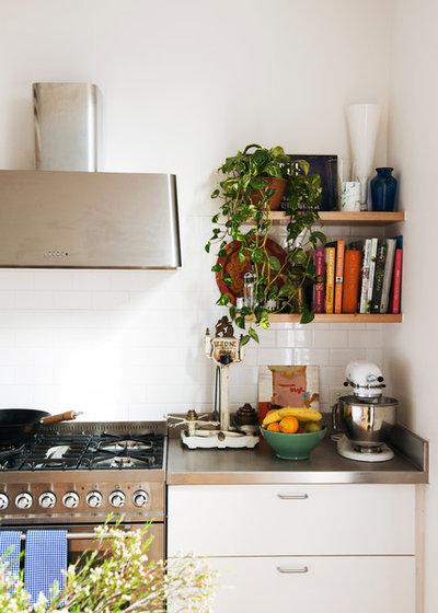 Scandinavian Kitchen by Nest Architects