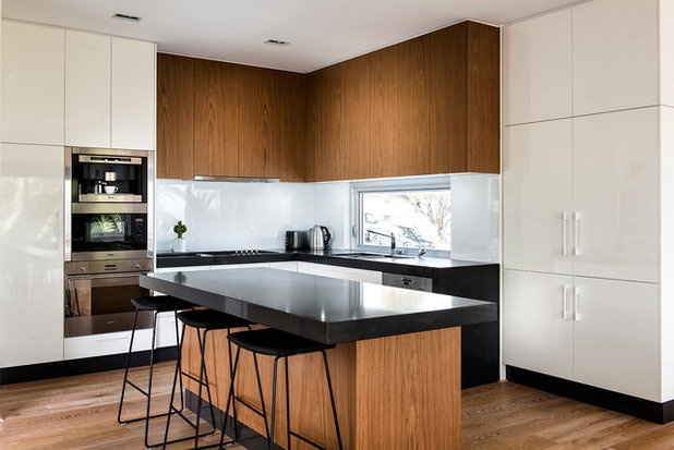 Midcentury Kitchen by Collected Interiors