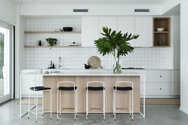 Beach Style Kitchen by Auswest Kitchens