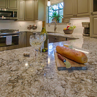 Traditional kitchen inspiration - Inspiration for a timeless kitchen remodel in Seattle