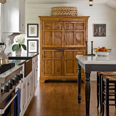 Rustic Kitchen by The Cabinetry
