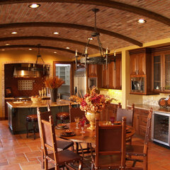 mediterranean kitchen by California Cabinets