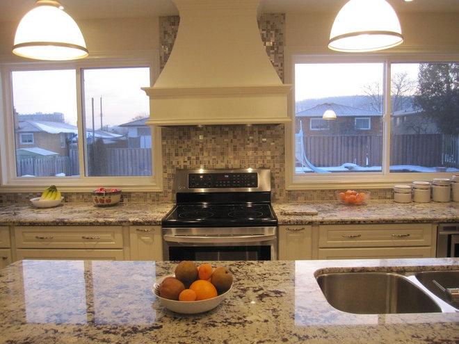 Eclectic Kitchen by DirectBuy of Hamilton-Niagara