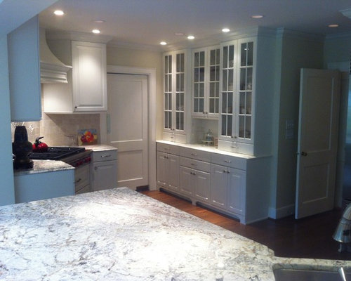 Old Irving Park Greensboro, NC Kitchen Remodel - Brookhaven Cabinets by WoodMode