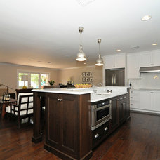 Traditional Kitchen by BASSO HOMES Inc