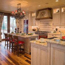 Traditional Kitchen by Sorento Design, LLC.