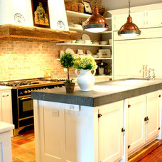 Traditional Kitchen by La Maison by Karine