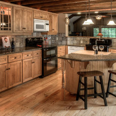 Rustic Kitchen by Realtor Rob