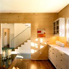 Traditional Kitchen by Platt Dana Architects