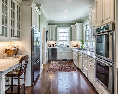 Best Traditional Bridgeport Kitchen Design Ideas Remodel Pictures Houzz