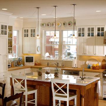 Country Kitchen - Classic Farmhouse