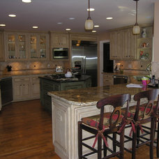 Traditional Kitchen by Phoenix Construction