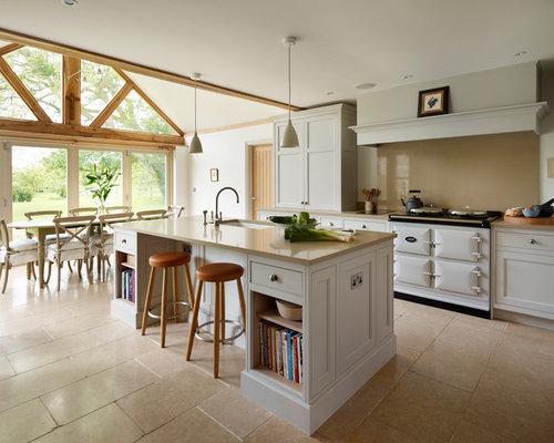 Landhausstil Küche mit Küchenrückwand in Beige - Ideen & Bilder   {Kücheninsel landhausstil 52}