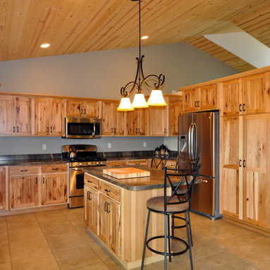 Knotty Pine Ceiling Kitchen Design Ideas, Remodels & Photos