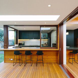 Design Ideas For A Mid Sized Contemporary U Shaped Open Plan Kitchen In Sydney