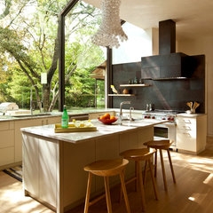 modern kitchen by Furman + Keil Architects