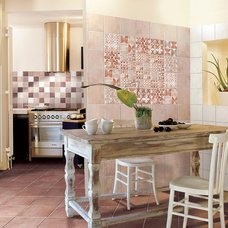 Traditional Kitchen COVERINGS 2013