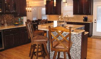 Cozy Entertaining Kitchen