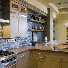Contemporary Kitchen by Suzie Atkin, AKBD/Neil Kelly