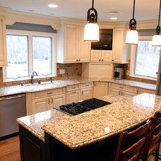 Farmhouse Kitchen by MFM Design & Construction llc