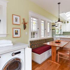 Craftsman Kitchen With Green Backsplash Design Ideas