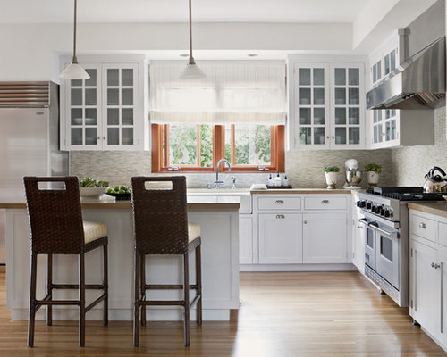 Bon Example Of A Transitional L Shaped Kitchen Design In Los Angeles With  Stainless Steel Appliances