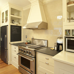 traditional kitchen by Buckenmeyer Architecture