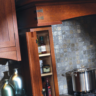 Example of an arts and crafts kitchen design in Minneapolis