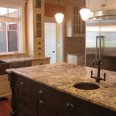 Traditional Kitchen by Creative Eye Design + Build, LEED AP, CGBP