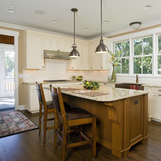 Craftsman Kitchen by Great Rooms Designers & Builders