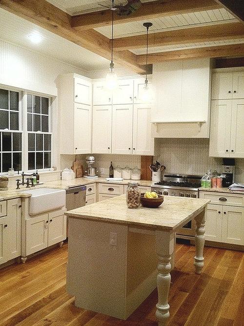 Large Arts And Crafts U Shaped Medium Tone Wood Floor Eat In Kitchen Photo