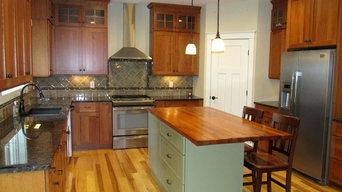 Craftsman Kitchen in Guilderland using Shiloh Cabinets....