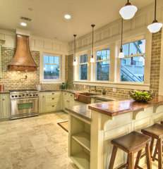 traditional kitchen by Natalie DiSalvo