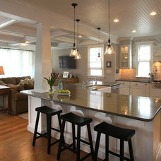 Craftsman Kitchen by QMA Architects & Planners
