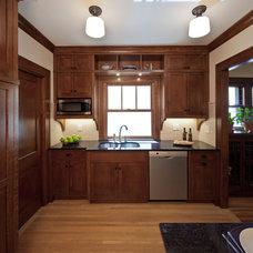 Craftsman Kitchen by Quartersawn Design Build