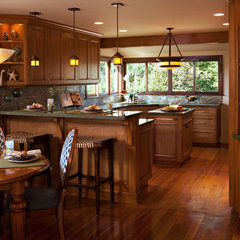 traditional kitchen by Rejoy Interiors, Inc.