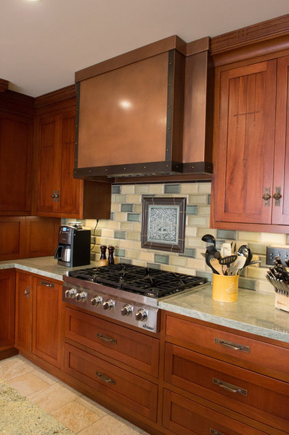 Traditional Kitchen by The Kitchen Consultant