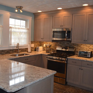 Craftsman New England Driftwood Kitchen Remodel w/bliss Amber Tea Backsplash
