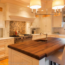 Craftsman Kitchen by Rosichelli | Design